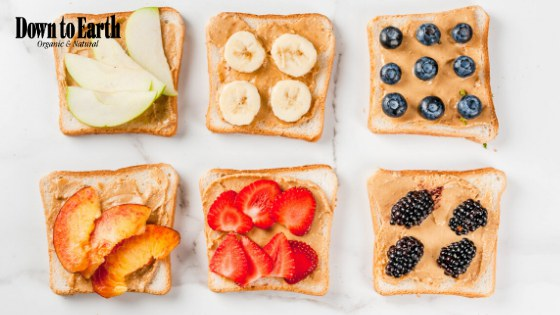 Photo: Peanut Butter Sandwiches with Fresh Fruit