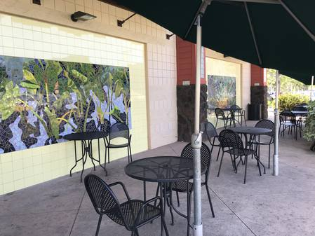 Photo: One of the outdoor dining areas at Down to Earth Kapolei.