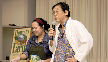Photo: Dr. Shintani Speaks at a Down to Earth Community Event