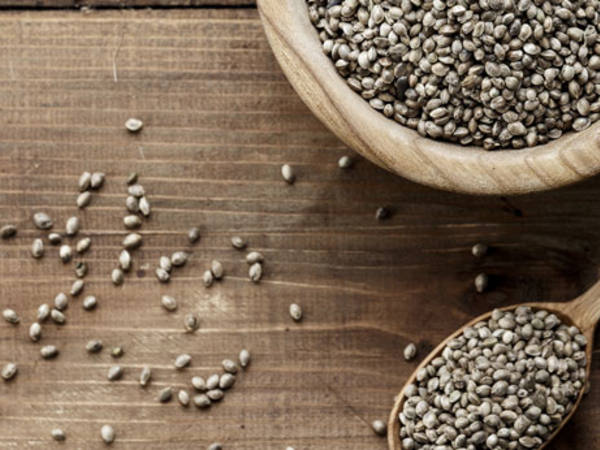 Photo: Hemp seeds in a bowl and spoon