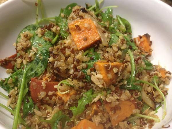 Photo: Roasted Quinoa Salad