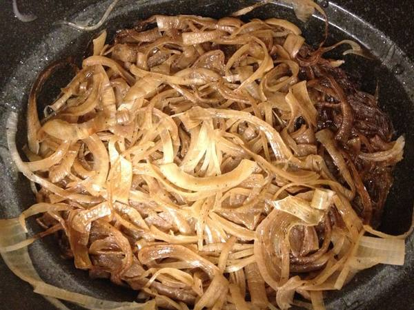 Photo: Slow Cooker Caramelized Onions