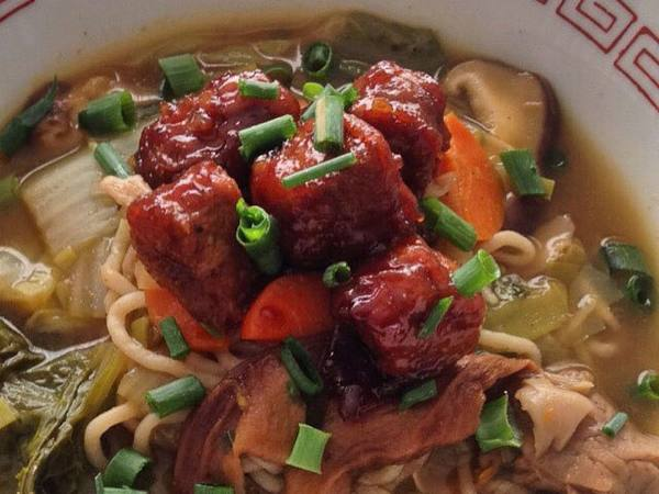 Photo: Soba with Seitan and Mushrooms