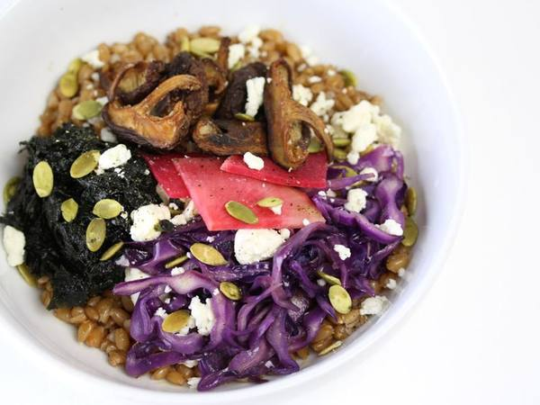 Photo: Bowl of Spelt Grains with various toppings
