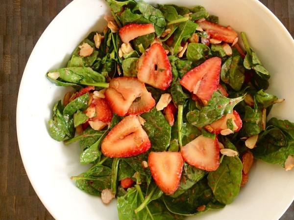 Photo: Spinach Strawberry Salad