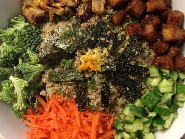 Photo: Sushi Salad