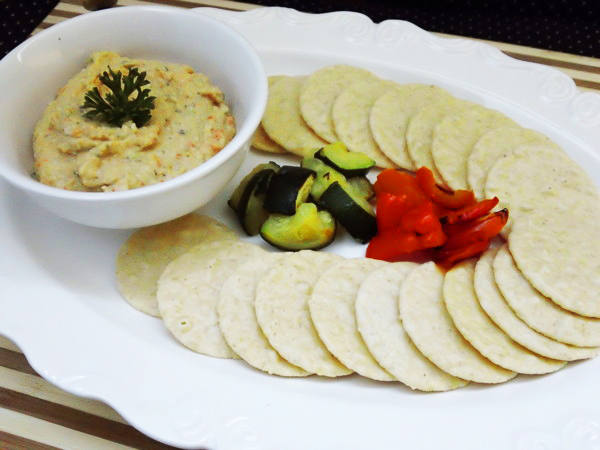 Photo: Mock Tuna Salad with Crackers