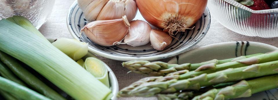 Photo: Variety of prebiotic foods