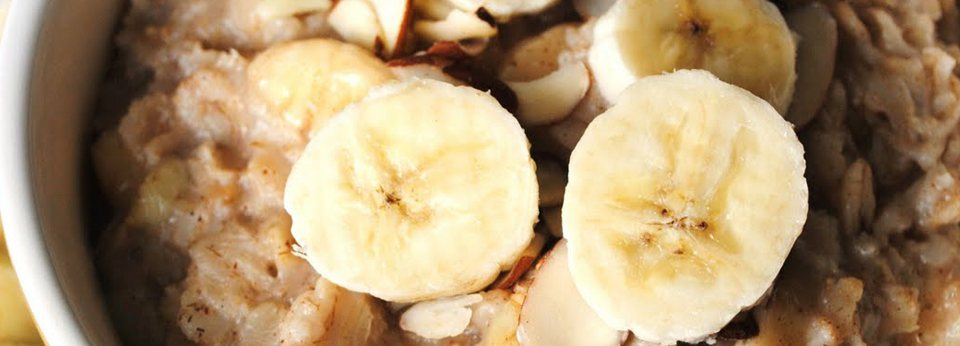 Photo: Bowl of Oatmeal with Bananas