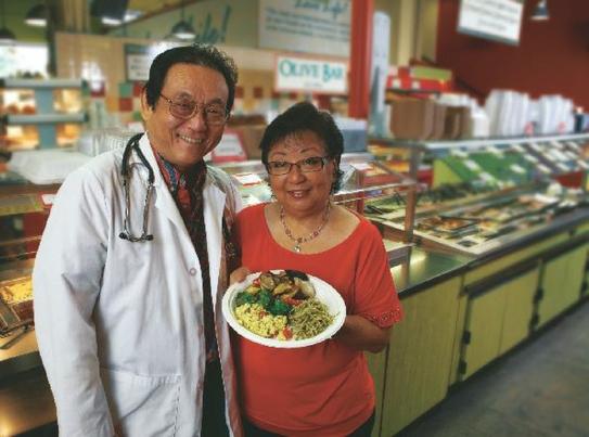 Photo: Dr. Shintani and Linda Soraoka at the Down to Earth Hot Bar